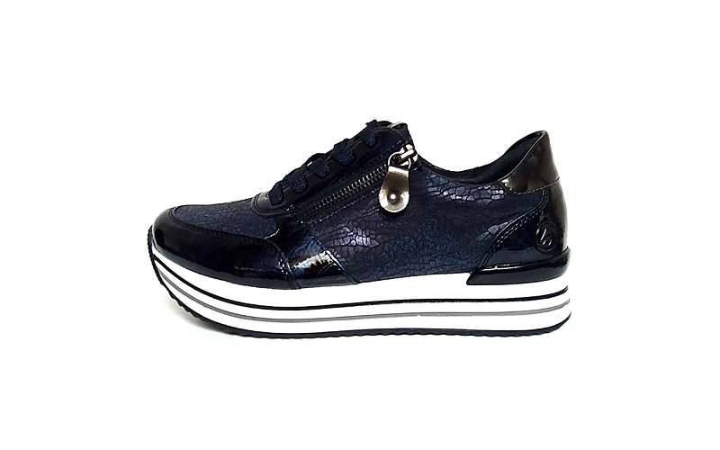 Donkerblauwe lage sneaker van Remonte, uitneembaar voetbed, sluiting met veter én rits, G-breedte - €79.95