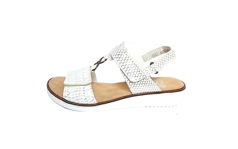 Sandaal van Rieker in wit imitatieleder met metallic effect, zacht voetbed, sluiting met velcro achteraan, aanpasbaar met 2 velcro sluitingen vooraan, F-breedte (normaal) - €64.95