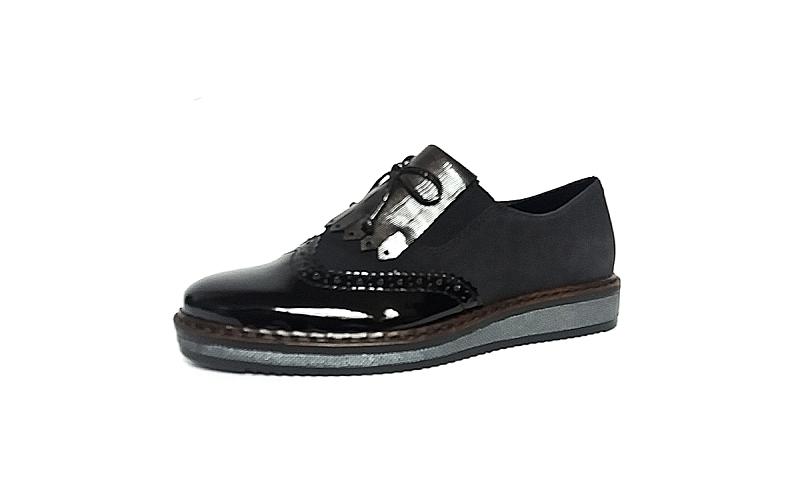 Rieker, loafer in een combinatie van zwarte lak met zwarte imitatiedaim - €59.95