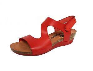 Cosmos sandaal op een sleehakje van 3 cm, rood leder, binnenzool in leder, zacht voorgevormd voetbed in natuurkurk, sluiting met velcro - €59.95