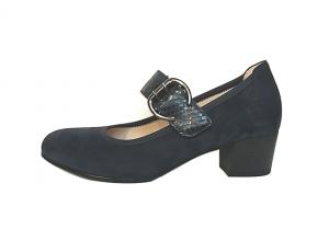 Gabor lage schoen met velcrosluiting (gespje=velcro), blauwe nubuck, bandje over de wreef in blauw pythonleer, blokhakje 3 cm, uitneembare binnenzool, H-breedte - €110.00