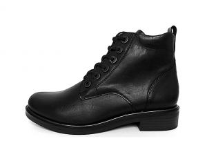 Remonte enkellaarsje/bottine in zwart leder, uitneembare binnenzool, veter én rits, F1/2 breedte (iets breder aan de bal van de voet) - €89.95