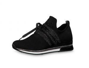 Soepele, comfortabele sneaker van Marco Tozzi in zwarte textiel, uitneembare binnenzool - €64.95