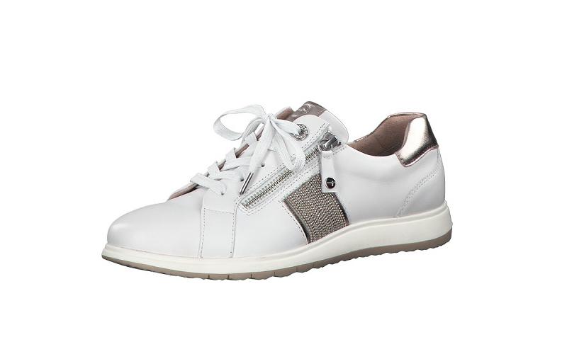 Tamaris sneaker op een soepele zool, wit leer met een stukje bronskleurig leer achteraan, uitneembare binnenzool in leer, G-breedte (breed), veter en rits - €89.95